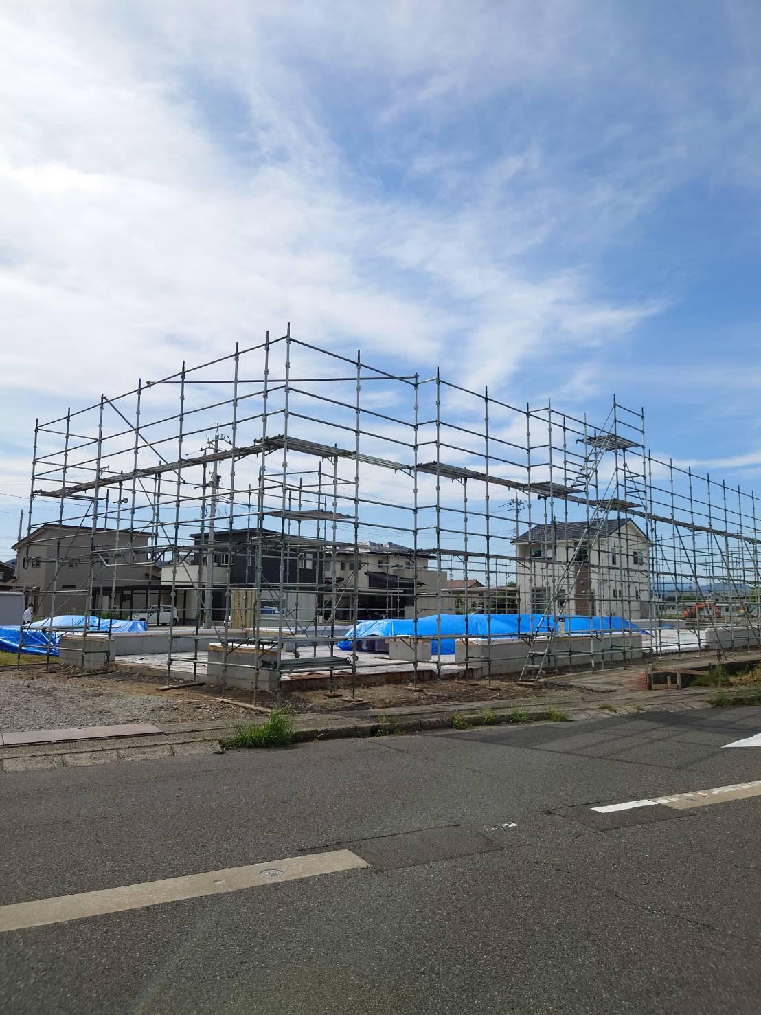 福井県越前市 某会社倉庫新築現場 先行足場工事